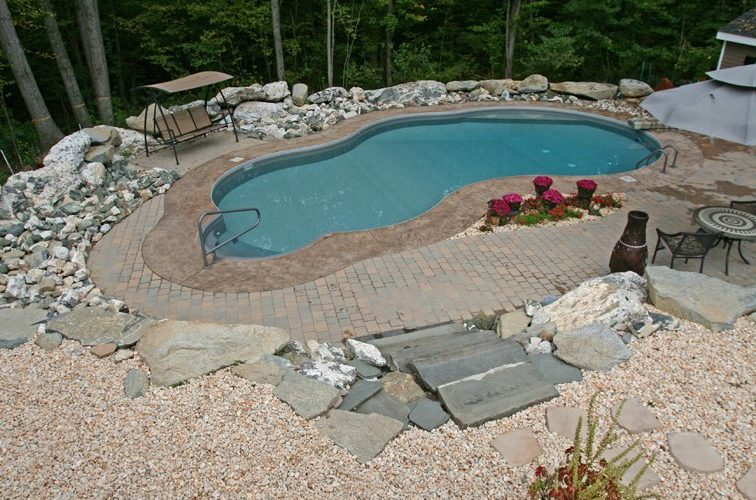 21A Mountain Pond Inground Pool - Beltchertown, MA