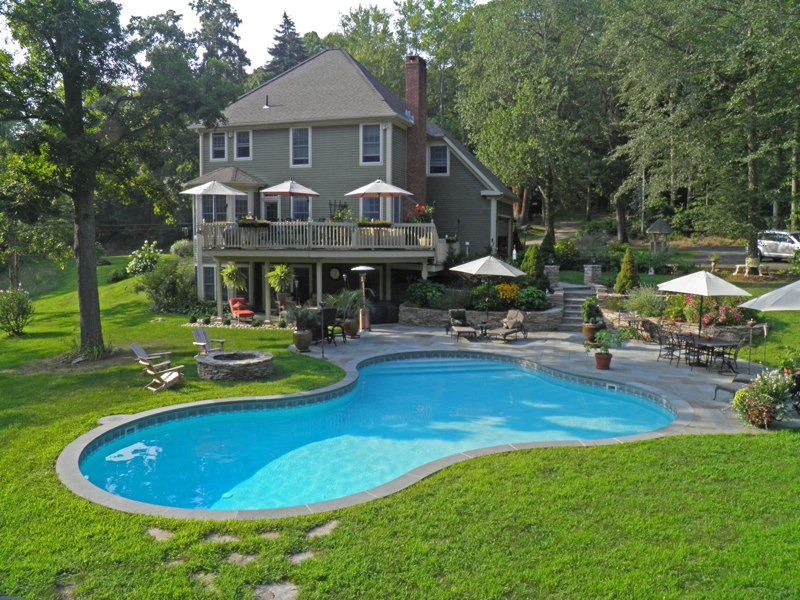 25B Lagoon Inground Pool - Middletown, CT