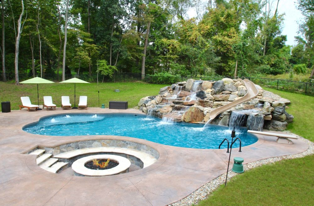 Weekly Pool Cleanings