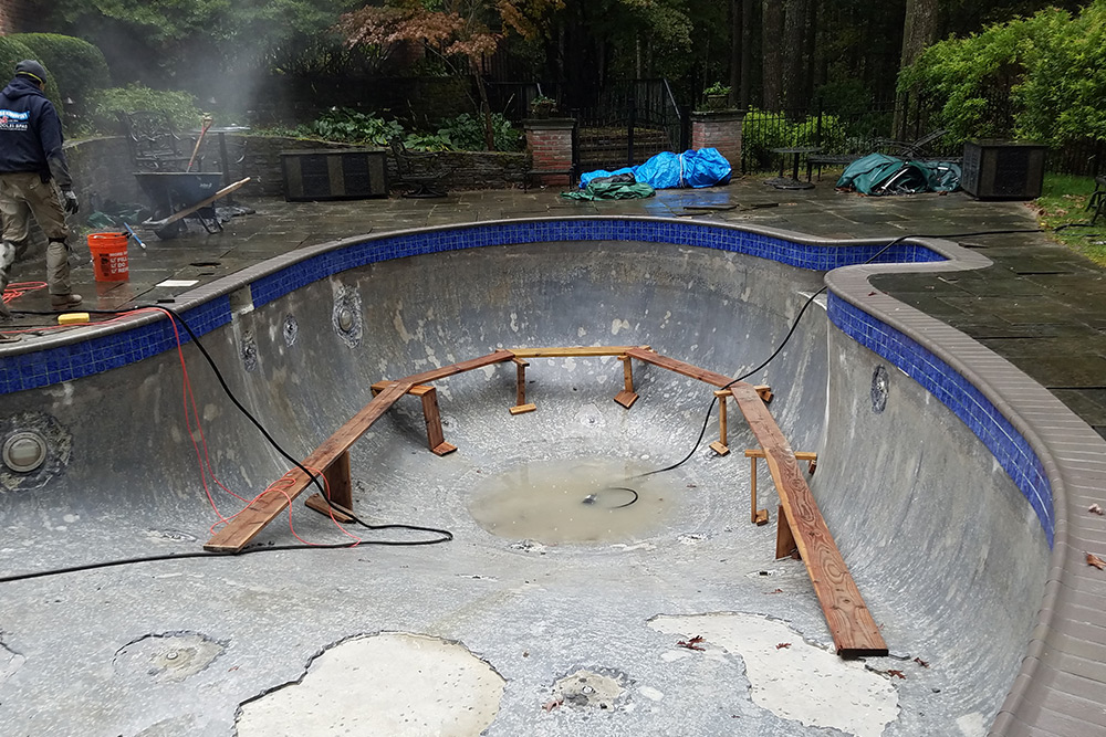 This is a photo of a gunite renovation project in Farmington, CT